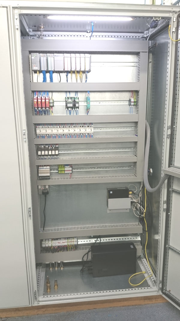 Programmable Logic Controller PLC to autoclave installation